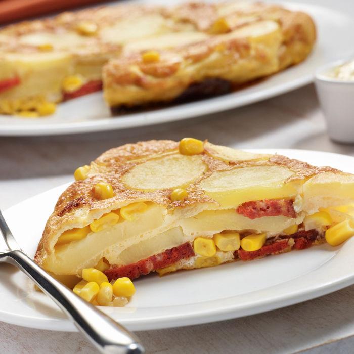 Tortilla au maïs avec du chorizo