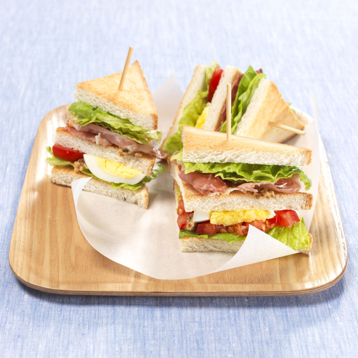 Romaine en club sandwich de speck